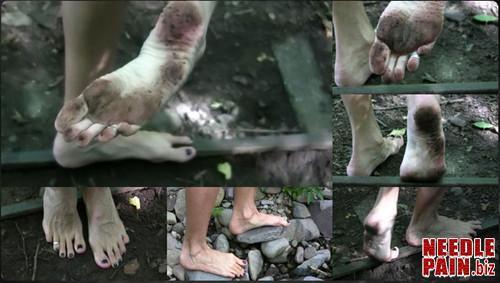 0008 QS Barefoot Trip m - Barefoot Trip - Queensnake, foot fetish, stones, outdoor, dirty