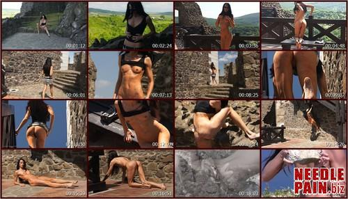 0044 QS Crow Castle.t m - Crow Castle - Queensnake, whipping, flogging, flashing, welts