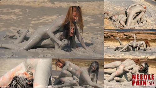 0057 QS Silver Mud m - Silver Mud - Queensnake, Nazryana, dirty, messy, wrestling