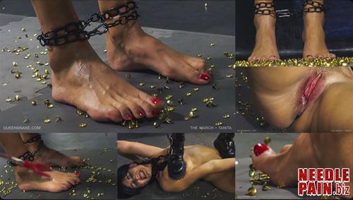 0133 QS The March   Tanita m - The March - Tanita - Queensnake, thumbtack, foot torment