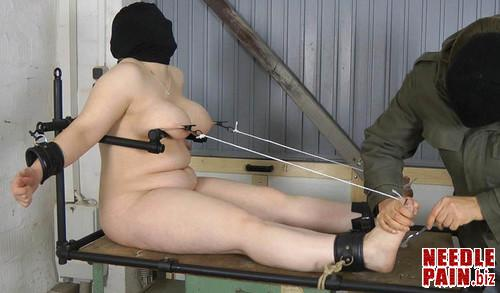 Amateure Xtreme   Feet and Nipple Torture m - Feet and Nipple Torture - Iris - Amateure-Xtreme, bdsm