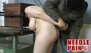 Hand ass spanking – Amateure-Xtreme – torture, bdsm, slave girl